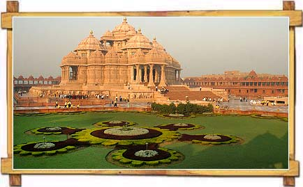 Akshardham Temple Amidst Its Lush Manicured Lawns, Delhi