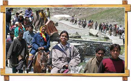 Pilgrims on Their Way to Amarnath Cave