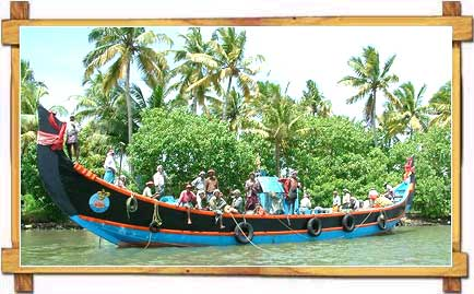 Backwater Cruise - Kerala
