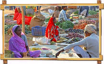 People As Seen in Markets of Madhya Pradesh