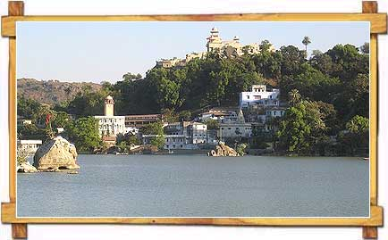 Nakki Lake , Mount Abu
