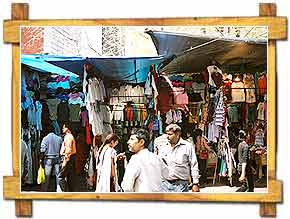 Shopping Janpath Delhi