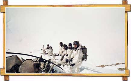Tourists Atop Peaks at Siachen
